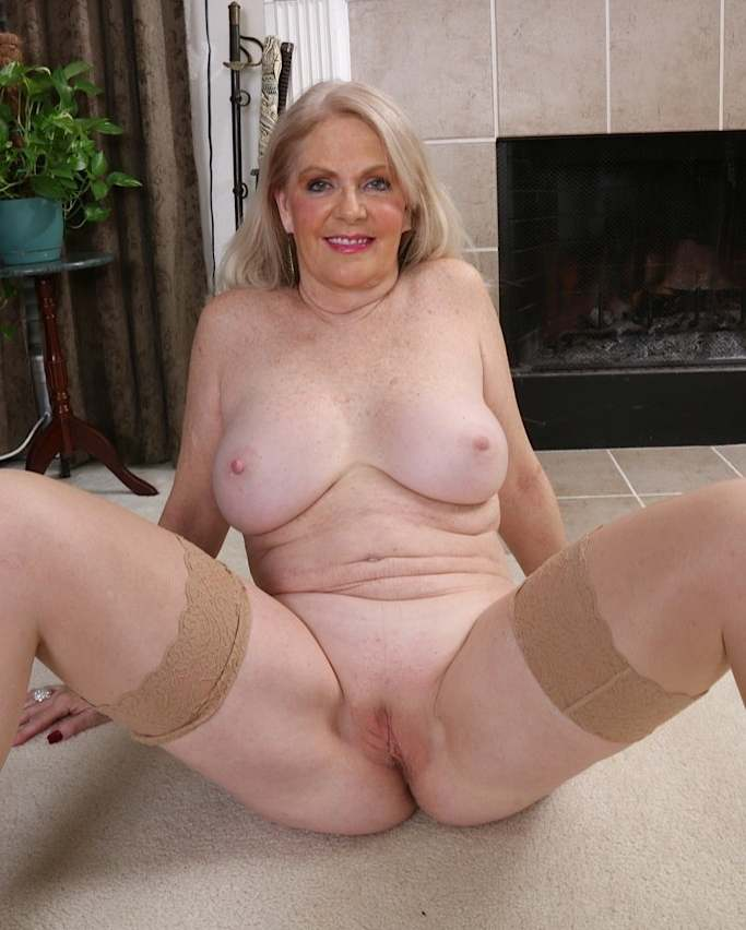 Голые бабушки старушки подборка порно фото