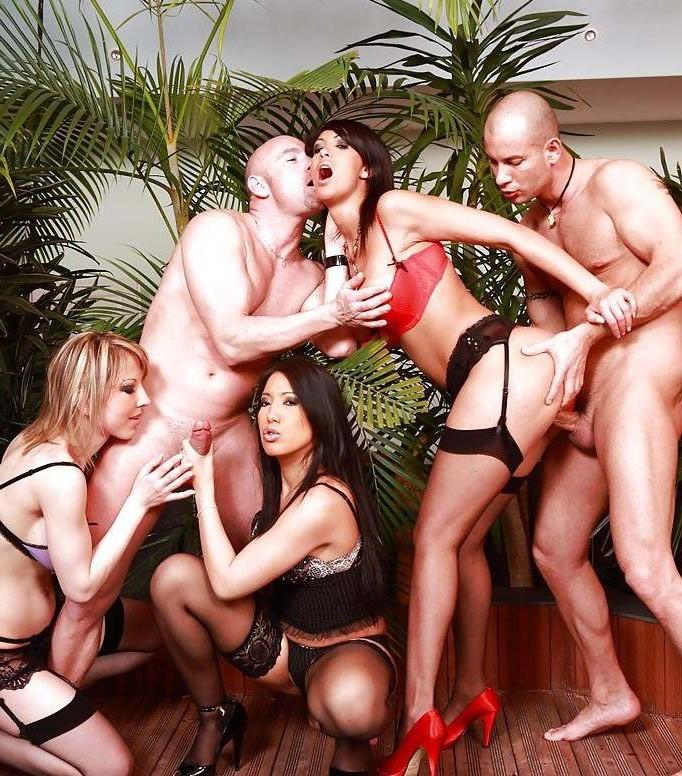 Секс вечеринки онлайн бесплатно без регистрации