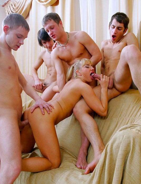 эро рассказы групповой секс