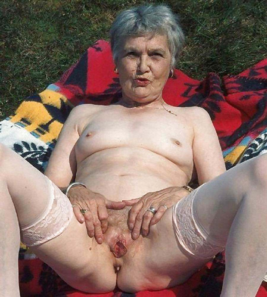 Старые.бабки.порно.фото