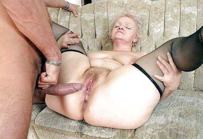 Фото анала молодых девок со старыми извращенцами фото, порно двое ебут одну фото